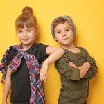Fashion anak selalu menarik untuk disimak ya Moms! Model dan desainnya yang lucu membuat si kecil terlihat lebih menggemaskan. Simak berbagai merek baju anak paling populer dan rekomendasi produknya dalam artikel BP-Guide ini!