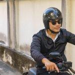 Jaket motor merupakan jaket wajib untuk dimiliki anak motor. Supaya berkendara lebih aman, kamu wajib tahu cara memilih jaket motor yang benar. Simak ulasannya dari kami!