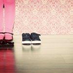 Baik di rumah atau di sekolah, buah hati tentu tak ingin ketinggalan tren yang ada saat ini. Maka dari itu, untuk mendukung penampilannya, Anda wajib memperhatikan gaya fashion buah hati, salah satunya dengan memilihkan sepatu pesta. Yuk, intip cara memilih sepatu pesta untuk anak dari kami!