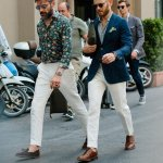 Fashion tak hanya milik para wanita, tapi pria juga punya gaya fashionnya sendiri. Yuk, cek apa aja fashion pria yang ngetren tahun ini!