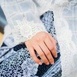 Kebaya, pakaian tradisional yang membuat wanita tampak anggun bak putri raja. Kebaya sangat pas untuk menghadiri pesta pernikahan dan acara resmi lainnya. Ini dia tren dan rekomendasi kebaya yang dirangkum oleh BP-Guide.
