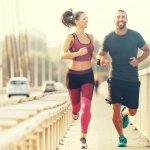 Lari adalah salah satu olahraga mudah yang bisa dilakukan siapa saja. Meski tak butuh banyak modal, Anda yang rajin berlari tetap harus memiliki beberapa perlengkapan lari berikut ini supaya terhindar dari cedera atau kram otot yang mengganggu.