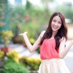 Bisa dibilang, Korea Selatan adalah salah satu kiblat fashion untuk sebagian orang terutama kawula muda di Indonesia. Simak ulasan fashion ala Korea yang keren dan rekomendasi produk fashion pakaian Korea yang bisa membuat penampilan makin oke berikut ini!