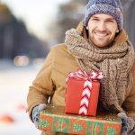 クリスマスプレゼントは、1年に1度大切な男性へ心をこめたプレゼントを贈るいい機会です。今回は、1万円で購入できる彼氏や旦那に喜ばれるクリスマスプレゼントランキング【2019年最新版】をご紹介します。実用性のある名刺入れやトートバッグ、腕時計など厳選した商品を集めてました。ぜひ、参考にしてください。
