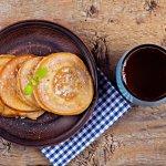 Mengonsumsi kopi dan gorengan di pagi hari memang nikmat, tetapi risikonya untuk kesehatan juga lumayan berbahaya. Ada baiknya kalau Anda menggantinya dengan menu sarapan sehat dan pilihan produk kopi rekomendasi BP-Guide berikut ini.