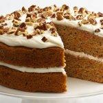 गाजर का केक अविश्वसनीय रूप से स्वादिष्ट होता है, जिसे आप हमेसा बनाने की कोशिश करेंगे ।दिए गए तरीके  काफी आसान है  बनाने के लिए हमे पता है कि यह केक जल्दी से परिवार का पसंदीदा बन जाएगा! क्या आप एक अच्छे केक विकल्प की तलाश में है? इन गाजर केक रेसिपी को जरूर बना के देखे !