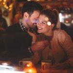 Wedding anniversary atau ulang tahun pernikahan merupakan momen paling tepat untuk memperkuat ikatan batin di antara suami dan istri. Maka itu jangan sia-siakan kesempatan ini dengan memberi sebuah hadiah spesial. Temukan banyak inspirasi hadiah istimewa bagi pasangan Anda dalam momen yang sangat spesial.