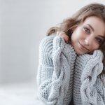 Fashion item untuk wanita memang sangat beragam. Khusus untuk sweater, selain bisa jadi luaran, bisa juga dijadikan atasan dan dikombinasikan dengan aneka bawahan. Yuk, cek aneka sweater keren untuk kamu!