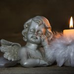 In this article, we have listed down dome sympathy gifts that you can gift your loved ones who are grieving the loss of someone close. Available online as well as DIY, these are some very thoughtful gifts. We have also added a few tips to help you deal with someone who has recently gone through the loss of a loved one.