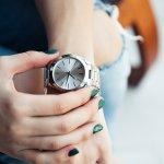 アクセサリーの中でもインパクトのあるブランド腕時計は、女性にとって人気の高いアイテムです。今回は、5万円以下で買えるレディース腕時計のなかから特に人気の高いブランドを【2019年最新版】ランキングとしてご紹介します。ぜひ、予算以上に満足できる腕時計選びの参考にしてください。