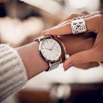 Jam tangan bagi sebagian orang menjadi item fashion wajib untuk melengkapi penampilan sekaligus sebagai penunjuk waktu. Orang yang terbiasa memakai jam tangan akan merasa ada yang kurang jika lupa memakainya. Nah, apa kamu juga gemar memakai jam tangan? Lihat koleksi terbaru jam tangan magnet yuk, biar penampilan makin kece!