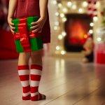 5歳の女の子へのクリスマスプレゼントには、好みにあったすぐに遊ぶことのできるアイテムが人気です。おしゃれが好きな女の子に喜ばれるメイクセットや、外で元気に遊べるキックボードなどをランキング形式でご紹介します。2019年最新のプレゼント情報で、クリスマスプレゼントを選んでください。