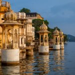 This article is the perfect guide to the magical city of Udaipur. Starting from the best places to visit, to the amazing lakes at Udaipur, we have also covered the best dishes to definitely try out when you are there. Read on to find out more!