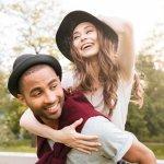 Setelah tren baju couple, topi juga bisa menjadi penanda kamu dan si dia sebagai pasangan sehati. Ada beragam topi couple yang tersedia di pasaran. Kali ini BP-Guide akan berikan sejumlah rekomendasi topi couple agar kamu dan pasangan tampil makin kompak.