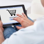 Belanja online menjadi alternatif pertama di era globalisasi saat ini. Salah satu marketplace tepercaya adalah Lazada. Marketplace yang satu ini memiliki produk-produk bergaransi resmi untuk barang elektronik, seperti tablet. Tidak heran jika banyak masyarakat banyak memburunya.