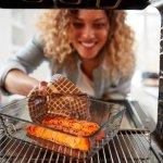 Oven Kompor atau oven tangkringan adalah solusi bagi kamu yang memiliki bujet terbatas namun ingin belajar memanggang kue ataupun masakan lainnya. Jangan underestimate dengan oven manual ini karena kamu tetap dapat menghasilkan makanan atau kue yang enak, lho. Yuk, cek dulu deh rekomendasinya!