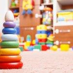 赤ちゃんには厳選したおもちゃで遊んでほしいと考えるパパやママは多いです。そこで、0歳の赤ちゃんの知能発達にプラスに働く知育玩具「2019年最新情報」をお届けします。商品の特徴についてもそれぞれ詳しく取り上げるので、赤ちゃんはもちろん周囲の大人も満足できるプレゼントを選んでください。