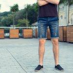 Celana jeans sudah menjadi fashion item yang senantiasa ada menemani hari-hari. Celana jeans selain tersedia yang model celana panjang, juga tersedia model celana pendek yang bisa digunakan kala sedang bersantai atau mengikuti kegiatan yang tidak formal. Apa saja 10 rekomendasi celana pendek jeans dari BP-Guide? Yuk, simak artikel berikut ini!