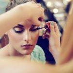 Tentunya Anda sudah mengenal produk makeup dari Dior, bukan? Nah, produk satu ini bisa menjadikan Anda lebih cantik maksimal. Pingin tahu lebih banyak tentang makeup yang satu ini? Simak ulasan BP-Guide berikut ini, yah.