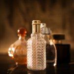 Sejumlah parfum yang dijual punya harga yang bisa dikatakan bukan untuk kantong orang umum. Karena punya harga yang sangat mahal. Namun, tentu bukan tanpa alasan kenapa parfum tersebut berharga selangit.