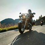 Traveling dengan sepeda motor mungkin adalah salah satu alternatif bepergian atau jalan-jalan yang seru, mudah, dan murah. Kalau kamu tertarik untuk melakukan touring dengan sepeda motor, kamu mesti simak tips aman dan nyaman berkendara berikut ini!