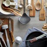Ibu rumah tangga pasti membutuhkan peralatan dapur berkualitas untuk membantu pekerjaannya di dapur. Seringkali peralatan yang berkualitas ini berharga cukup mahal. Padahal peralatan dapur berharga terjangkau namun berkualitas juga banyak tersedia di pasaran. Seperti halnya rekomendasi BP-Guide berikut ini. Siapa tahu salah satu dari peralatan ini ada yang sedang Anda butuhkan sekarang.