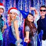 大学生の彼氏や男友達に贈る2017年最新版、人気クリスマスプレゼントをランキング形式で紹介いたします。  また、大学生の彼氏や男友達に贈る平均的なプレゼントの相場や喜ばれるプレゼントの選び方や人気のプレゼント、そして渡す方法まで徹底解説します。  是非、楽しいクリスマスを彼氏や男友達と過ごせるよう、プレゼント選びの参考にしてください。