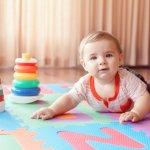 Aktivitas bermain di atas lantai yang biasanya dilakukan anak-anak, tentu akan lebih aman jika menggunakan karpet. Anda bisa memilih karpet puzzle dengan berbagai warna ataupun bentuk untuk memberikan kenyamanan bagi anak. Yuk, cek dulu berbagai rekomendasi menariknya di artikel ini!