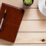 全ての忙しいビジネスパーソンにとって、スケジュール管理のための手帳は必須アイテムであることから、プレゼントに最適です。今回は、プレゼントに人気のビジネス手帳を【2021年 最新版】としてランキング形式にまとめました。ビジネス手帳は、毎日何度となく出して使うため、耐久性が重要です。ぜひ参考にしてください。