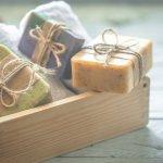 9 Rekomendasi Sabun Batangan yang Bagus untuk Wajah