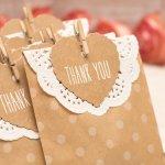 Top 10 món quà tặng khách mời cưới đẹp và ý nghĩa (năm 2020)