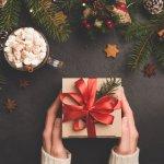 Gợi ý 10 món quà Noel ý nghĩa dành tặng các thành viên trong gia đình (năm 2020)