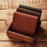 Jangan lewatkan kesempatan untuk mengoleksi dompet kulit. Dompet yang terbuat dari kulit asli memiliki banyak kelebihan dibanding dompet biasa. Yuk, cek kelebihan dompet kulit bersama kami. Jangan lupa cek juga cara merawat dompet kulit agar lebih awet digunakan. Cek juga rekomendasi dari kami!