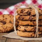 甘いものが好きな女性への誕生日プレゼントに、おしゃれなクッキーをプレゼントしたいけど、おすすめはどれかな?と迷っている人のために、今回は、女性への誕生日プレゼントに人気のおしゃれなクッキーブランドを【2018年度 最新版】としてランキング形式にまとめました。また、女性へ贈る際のクッキーの選び方のポイントや予算相場、体験談もまとめましたので、ぜひ参考にしてください。