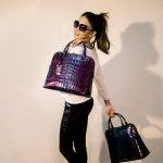 Wanita dan tas bermerek bagaikan dua hal yang tidak terpisahkan. Kamu yang ingin tampil berkelas tentu wajib pakai tas bermerek dari merek kenamaan seperti Gucci. Nah, ada pilihan tas apa saja nih untuk kamu? Simak segera, yuk!