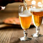 美味しいビールでほっと一息つける誕生日プレゼントで、お父さんに祝福や感謝の気持ちを伝えましょう。今回は、ビール好きのお父さんにおすすめのプレゼントアイディア25選をご紹介します。普段の晩酌をより楽しく彩るアイテム、特別な体験ができる一品など、いつまでも思い出に残るような素敵なプレゼントを選びましょう。