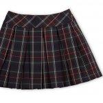 Ada banyak jenis rok di dunia fashion, begitu pula motif dan bahannya. Kalau kamu sangat menyukai menggunakan rok, coba rok kotak-kotak agar penampilan harian tak membosankan. Rok kotak-kotak seperti apa yang sebaiknya kamu punya, ya?