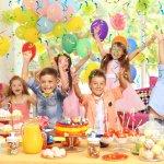 Pesta ulang tahun anak wajib istimewa. Meriahkan pesta buah hati dengan aneka dekorasi menarik. Yuk, intip aneka dekorasi untuk pesta ulang tahun anak dari kami!