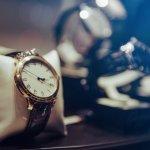 Ingin tampil elegan dan menarik dengan jam tangan wanita Q&Q terbaru? Tidak hanya harganya terjangkau, tapi tetap kece. Kini BP-Guide akan hadirkan untuk kamu, agar kamu tak ketinggalan mode dan selalu tampil up-to-date setiap saat di setiap aktivitasmu. Selamat menyimak!