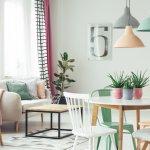 Jika Anda termasuk orang yang peduli dengan keindahan dan kenyamanan rumah, maka tren hiasan rumah di tahun 2019 ini sangat sayang untuk dilewatkan. Yuk intip, mungkin saja beberapa dari tren dekorasi rumah ini bisa menginspirasi Anda.