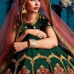 महिलावो पर पारंपरिक भारतीय पहनावे बड़े जजते है। जहां परिवार / उत्सव के अवसरों के दौरान साड़ी संभालना मुश्किल हो जाता है, एक लहंगा चोली आपको आसानी से घूमने देता है ।आइए, सर्वश्रेष्ठ ऑनलाइन वेबसाइट फ्लिपकार्ट पर हमारी पसंद पर एक नज़र डालते हैं, जो कि चयन करने के लिए लेहेंगा चोली डिज़ाइनों की उत्कृष्ट श्रेणी प्रदान करते हैं।