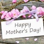 お母さんに感謝の気持ちを伝える母の日には、花をあしらったリースがおすすめ!ここでは、母の日にぴったりのおしゃれなリースを2019年最新情報をもとにご紹介します。人気のプリザーブドフラワーのリースから手作りできるリースまで、お母さんに喜ばれるアイテムが満載です。気持ちが伝わる素敵なリースを選んでください。