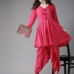 Look chic with the latest trend wearing the hatke combo of kurtis with dhoti-pattern. Today, dhoti style outfits paired with kurtis are worn for festivals, weddings, parties and other occasions. Here are a few latest new designs in dhoti style with Kurtis that are on-trend for this year. So, scroll on to see our list of some breathtaking outfits paired with dhoti pants: