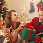 女性の友人に喜ばれるのが、高価すぎず、そして華やかさのあるプレゼントです。今回は「2019年 最新版」の女友達に人気の5000円のクリスマスプレゼントを、ランキング形式でご紹介します。冬の季節に特化したものから、年間を通して活用できるものまで豊富なので、とっておきの逸品を見つけましょう。プレゼント選びに役立つ情報はもちろん、各アイテムの魅力にも迫ります。