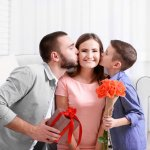 Top 10 món quà nên mua tặng vợ ngày 20/10 vừa độc đáo vừa thiết thực (năm 2021)
