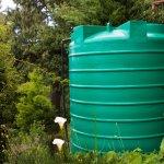 Dalam membangun instalasi air bersih tentunya diperlukan beberapa komponen, salah satunya adalah tandon air. Tandon berfungsi untuk menyimpan air bersih sebelum dialirkan. Agar bisa berfungsi maksimal, Anda bisa pilih tandon terbaik untuk keperluan instalasi air bersih di rumah.