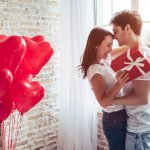 Pacar tercinta berulang tahun? Berikan pacarmu hadiah ulang tahun yang tak terlupakan agar hari ulang tahunnya menjadi hari paling spesial. Jangan hadiah biasa saja yang pasaran, tetapi berikan hadiah yang unik dan romantis. No idea? Cek saja artikel berikut.