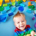 Orang tua tidak perlu bingung lagi dalam memilih mainan anak untuk usia 3 tahun. BP-Guide punya 10 mainan rekomendasi yang mampu mengasah kreativitas anak dan membuatnya aktif bergerak. Anak jadi bisa belajar sambil bermain berkat mainan-mainan ini!