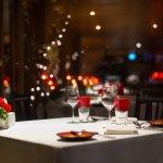 誕生日という特別な日を祝うデートには、おしゃれな街で楽しむ贅沢なディナーがおすすめです。今回は銀座・日比谷・有楽町周辺の誕生日ディナーに人気のレストラン【2021年最新情報】をご紹介します。きれいな夜景を望める場所や個室のある店舗など、誕生日の思い出がしっかりと刻まれるような素敵なレストランを選んでください。