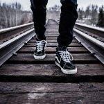 Pingin tampil lebih maskulin atau trendi? Tentunya, akan semakin oke bila Anda menggunakan sepatu yang tepat. Inilah pilihan sepatu untuk pria yang bisa Anda kenakan untuk meningkatkan penampilan.